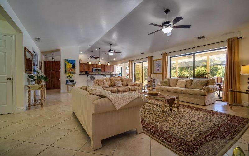 3204 SE 1st Pl Cape Coral FL-large-002-017-Living Room-1500x1000-72dpi
