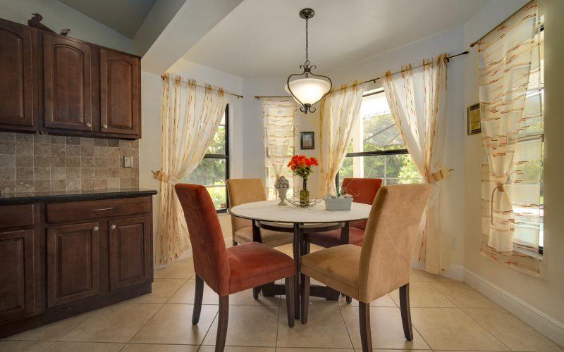 3204 SE 1st Pl Cape Coral FL-large-020-019-Dining Room-1500x1000-72dpi