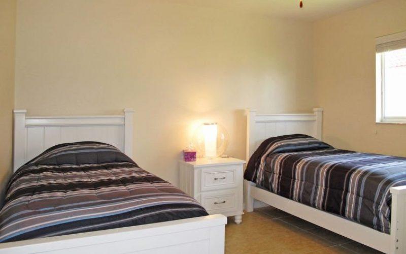 Guest-bedroomTwin.jpg